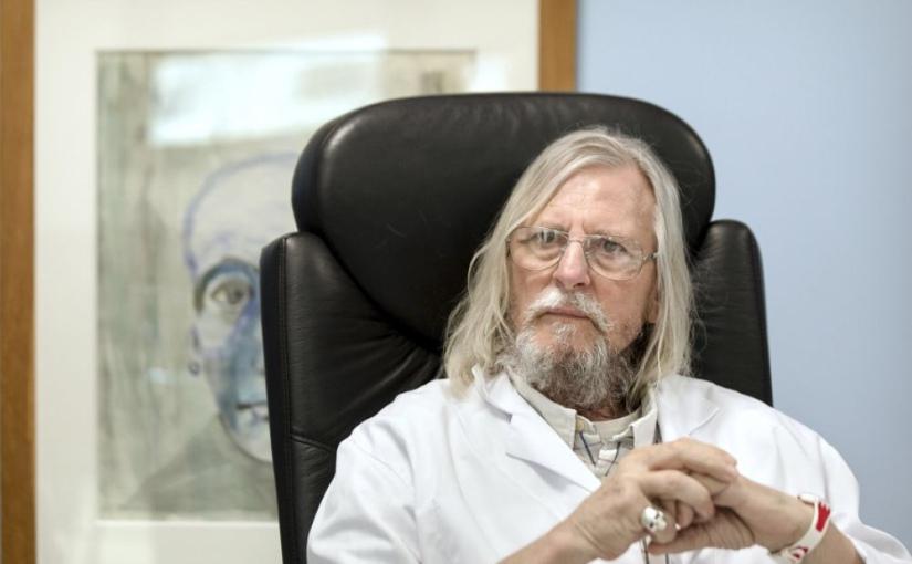Didier Raoult : «Trouver un vaccin pour une maladie qui n'est pas immunisante est un défi idiot»