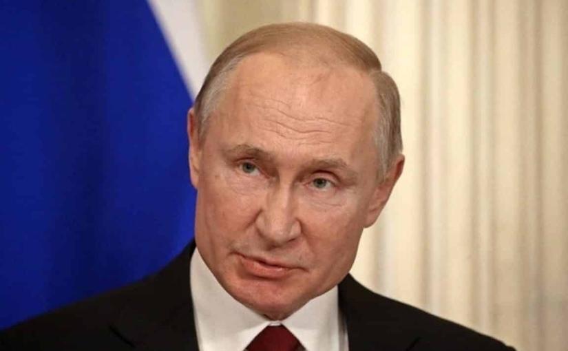 Poutine évoque les spéculations sur les origines duCovid-19